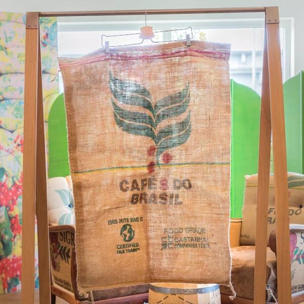 Kaffeesack Cafes do Brasil aus Brasilien Rueckseite